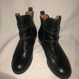 Gentle Souls Kenneth Cole Barberton boots